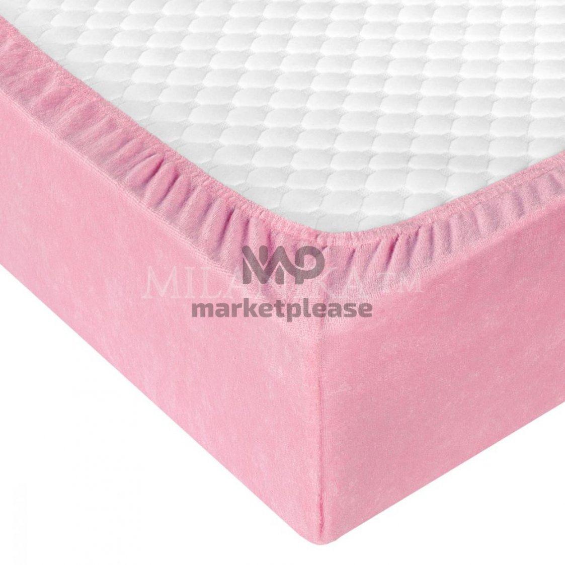 Махровая простыня на резинке (цвет розовый)